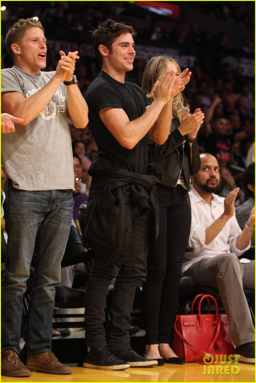 zac efron halston sage lakers game 20