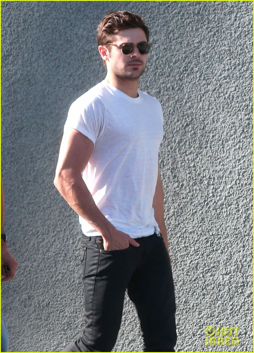 zac efron toned arms shopping guitars 043084134