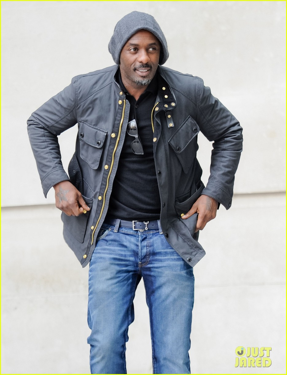 new dad idris elba may be getting some new cast mates for jungle book 043098174