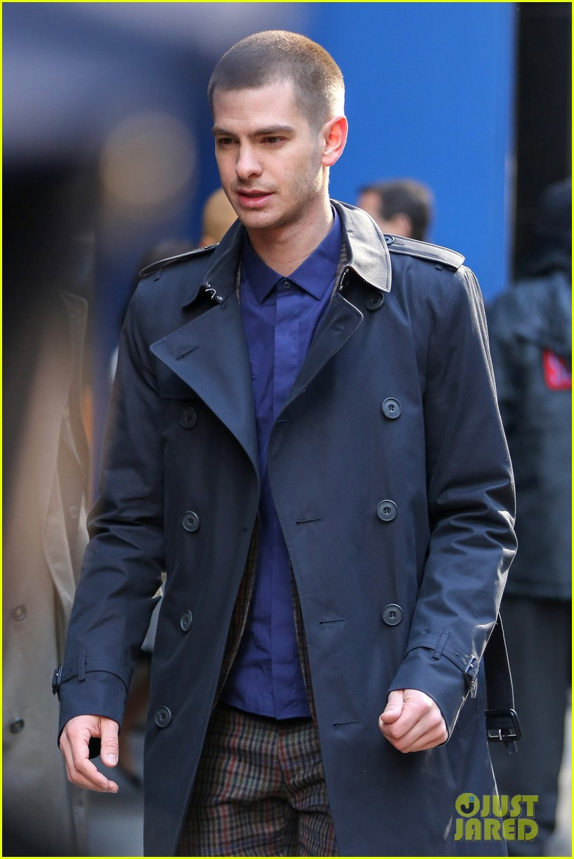 emma stone andrew garfield join amazing spider man 2 cast at gma 133098201