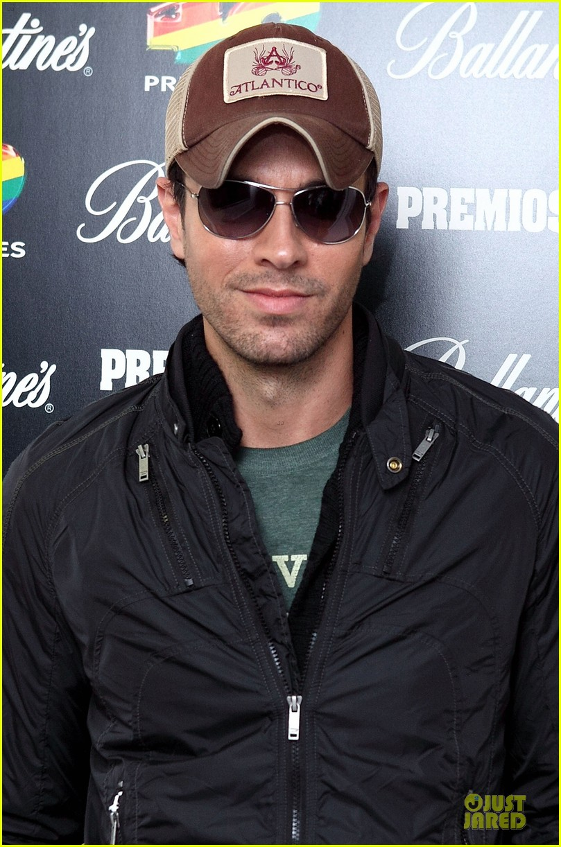 enrique iglesias consider being x factor judge 073082532