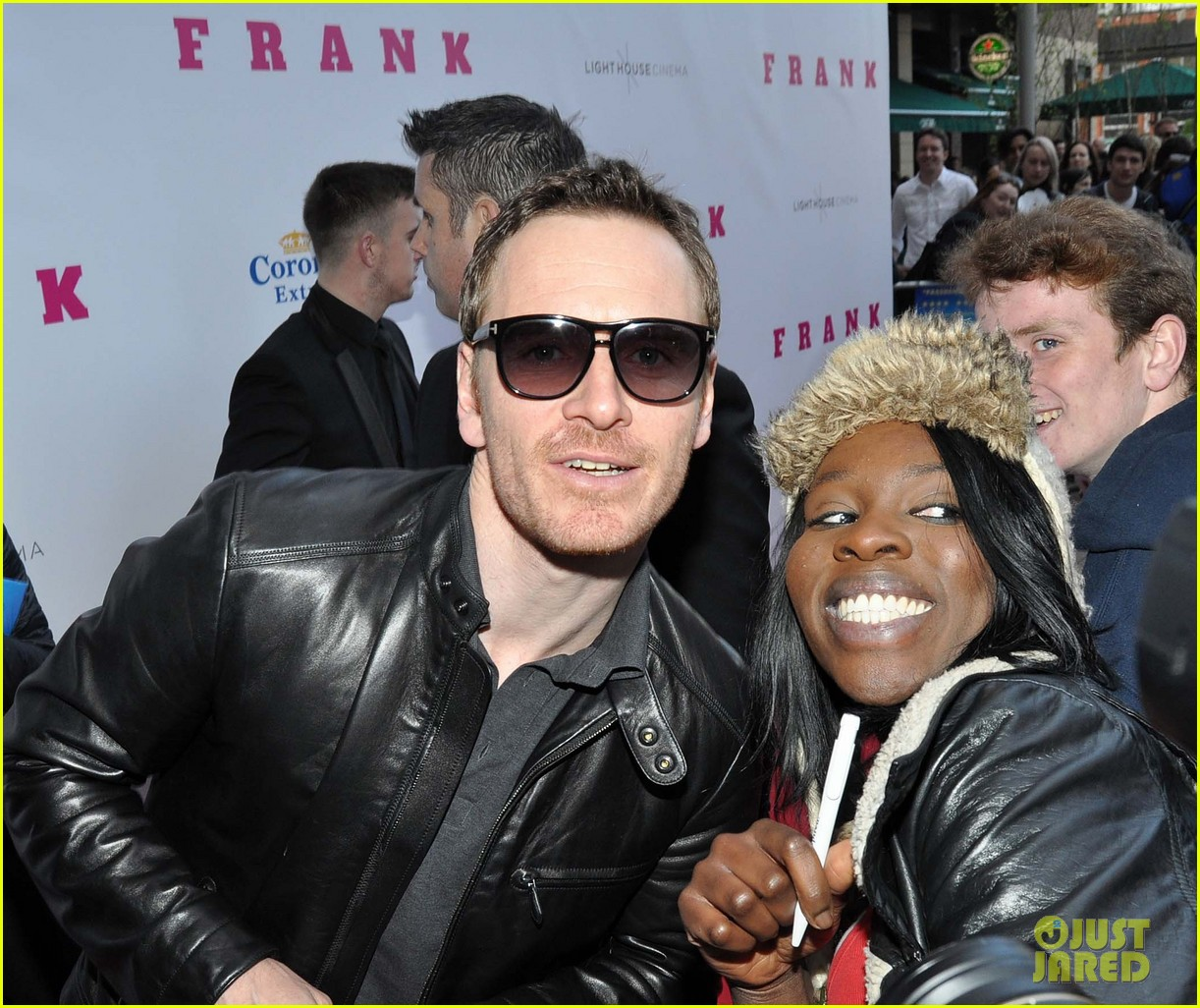 michael fassbender works the red carpet in a leather jacket 143098320