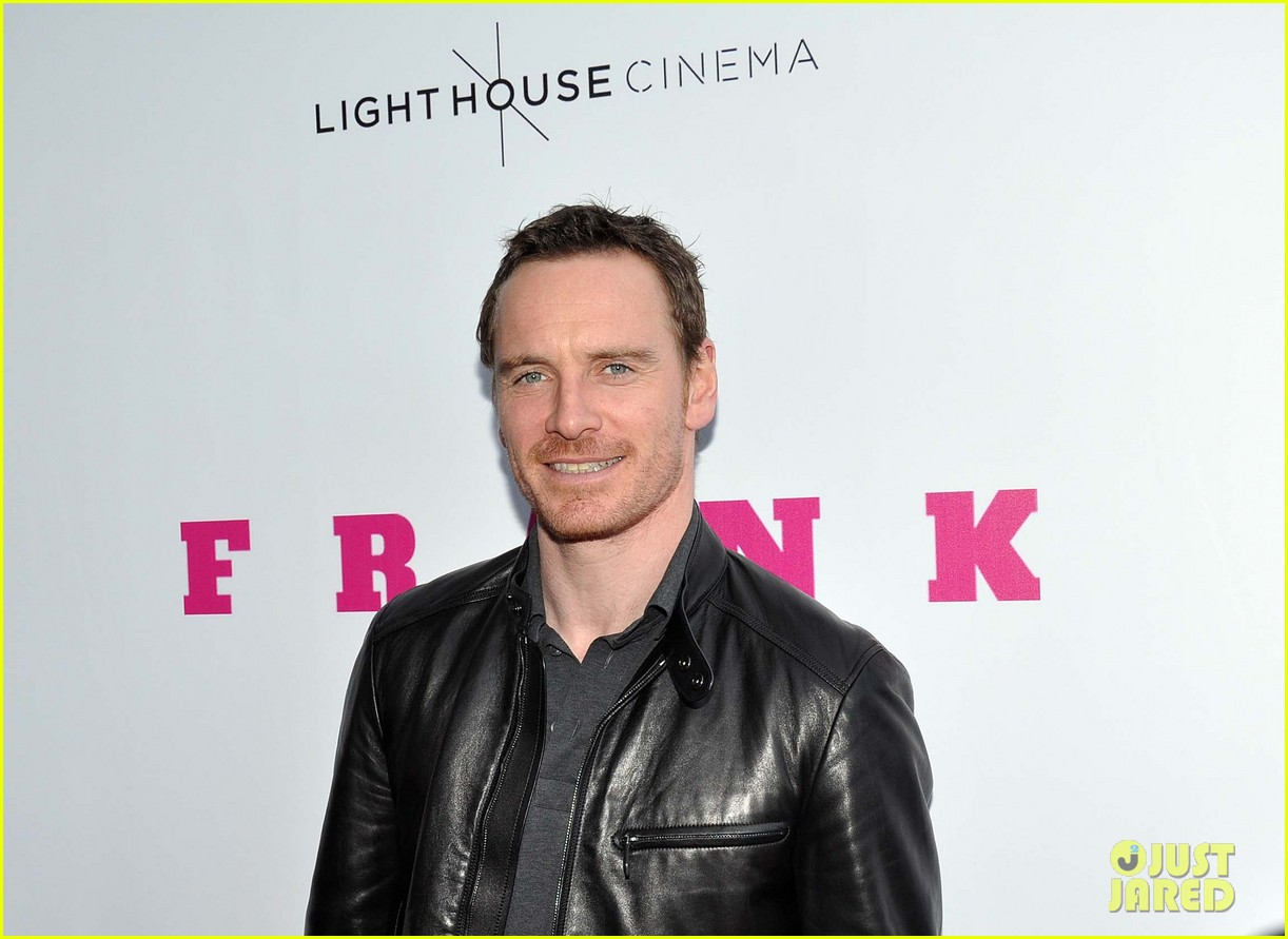 michael fassbender works the red carpet in a leather jacket 15