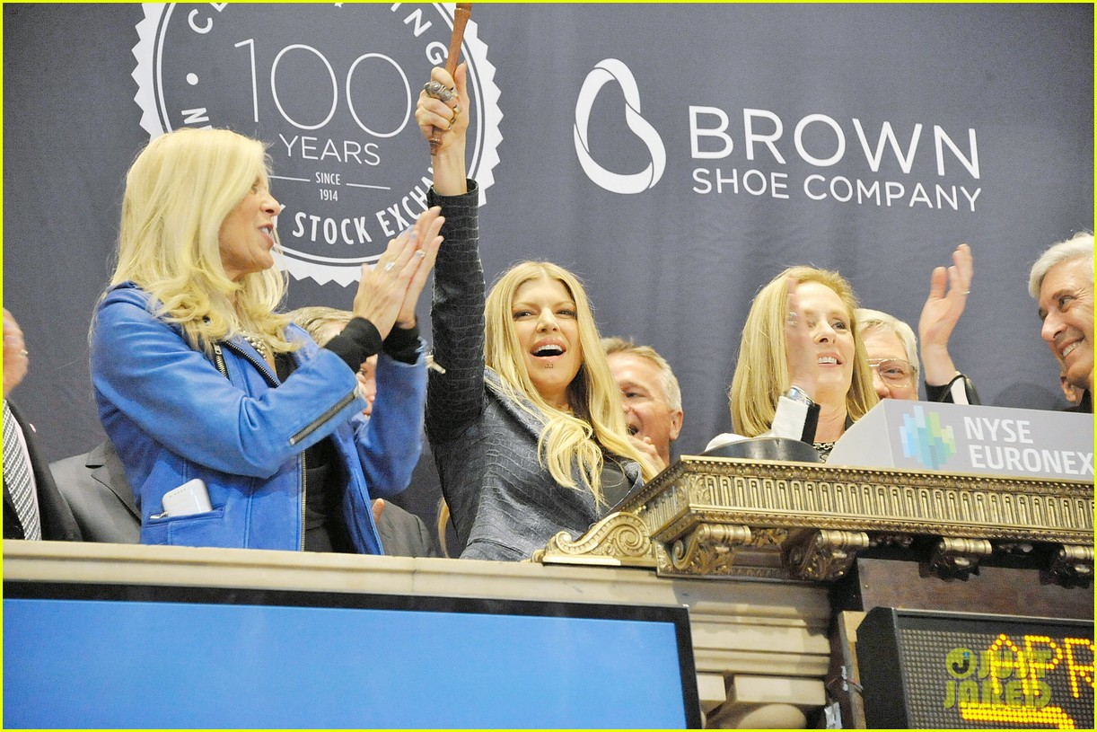 fergie jennifer hudson celebrate major milestone brown shoe company 103097836