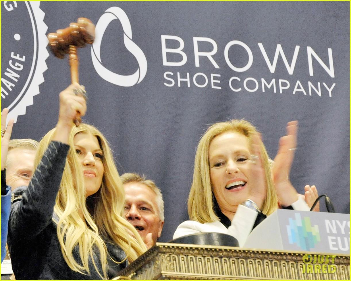 fergie jennifer hudson celebrate major milestone brown shoe company 113097837