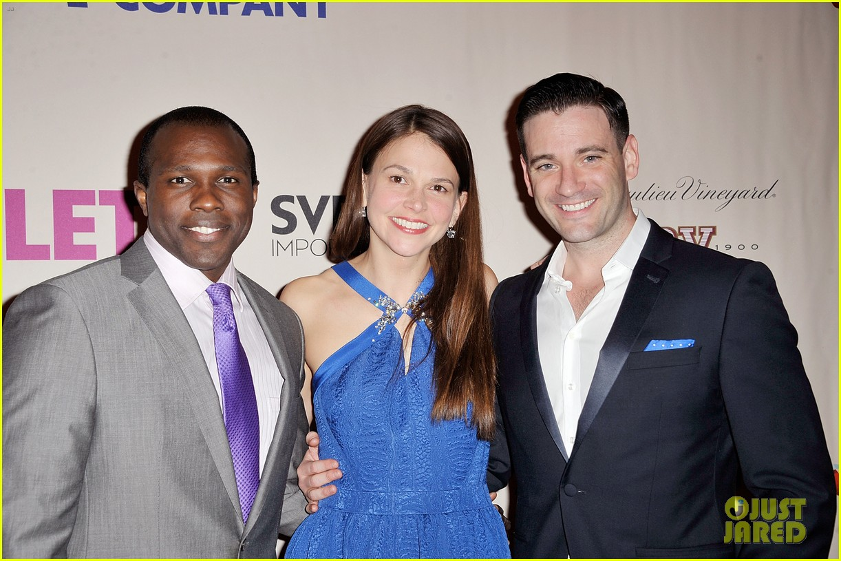 sutton foster colin donnell violet opening night 033096275