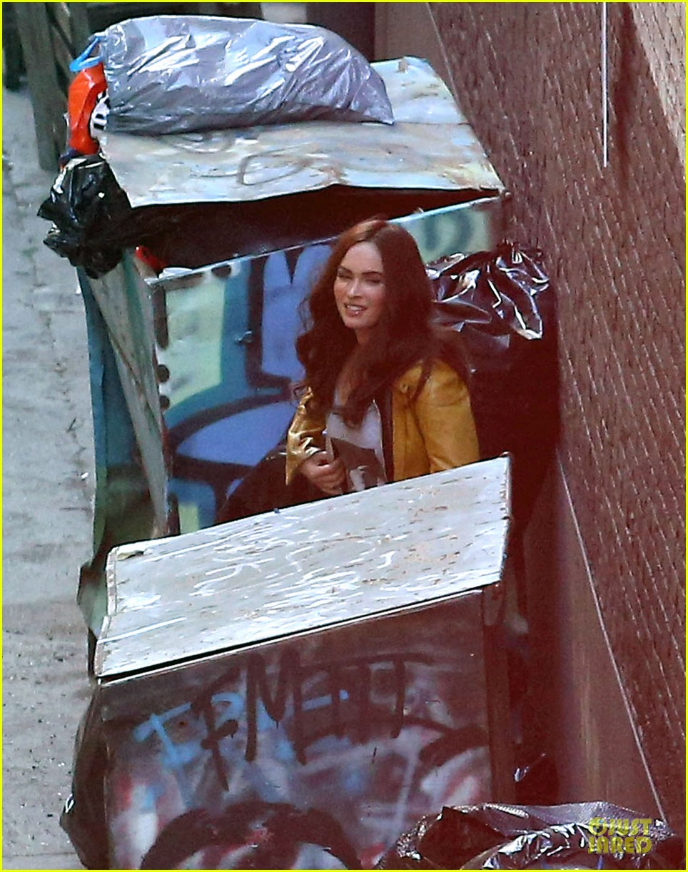 megan fox returns to teenage turtles after birth 093083221