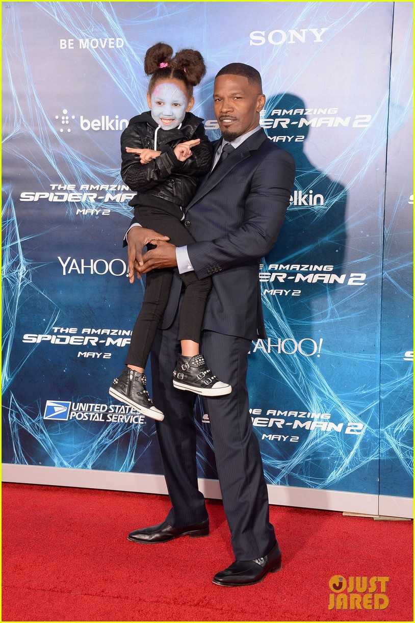 jamie foxx daughter wears electro makeup at amazing spider man 2 premiere 253098603