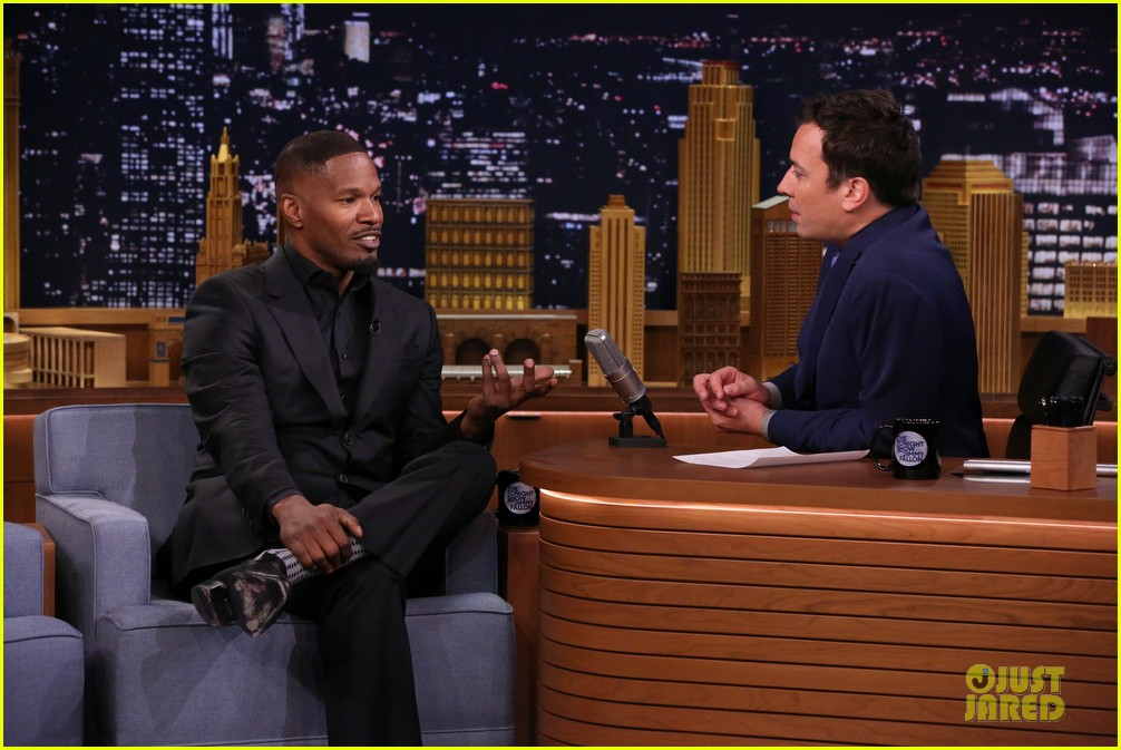 jamie foxx sings unsexy words song watch now 083099604