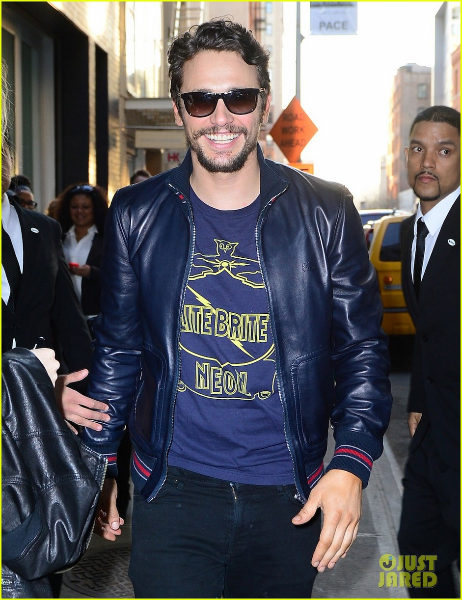 james franco is the happiest guy opening his art exhibition at pace gallery 033089076