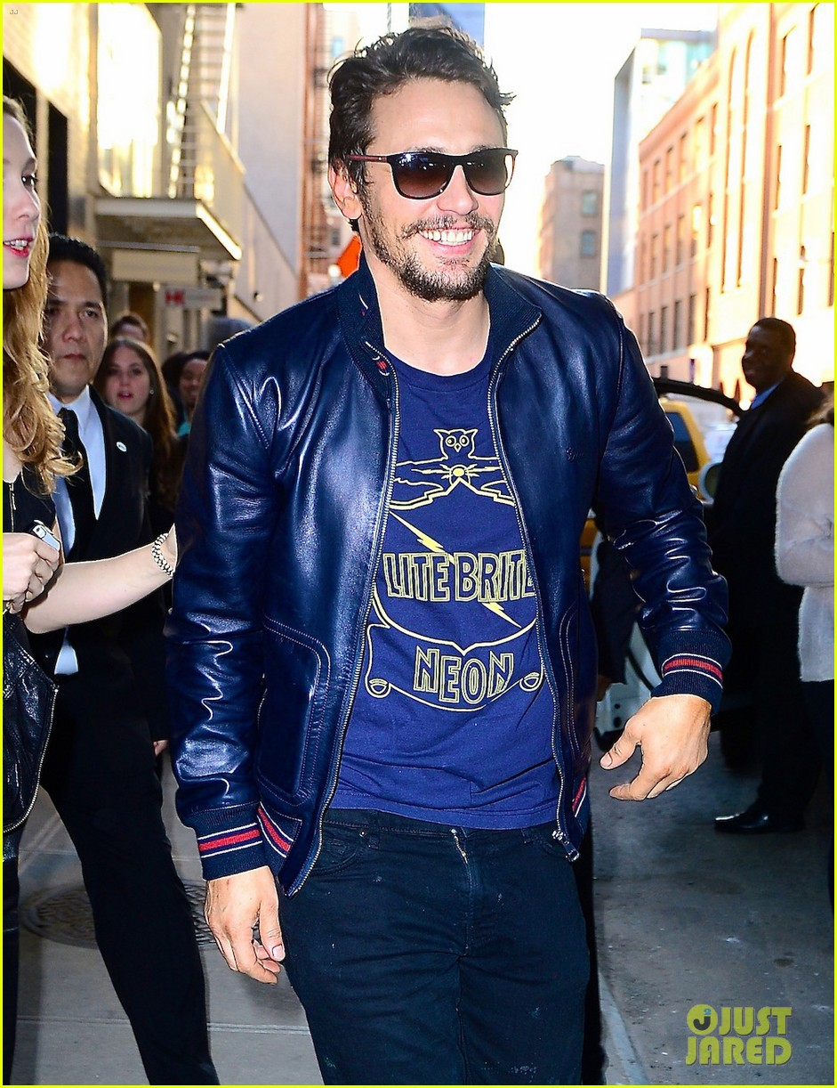 james franco is the happiest guy opening his art exhibition at pace gallery 043089077