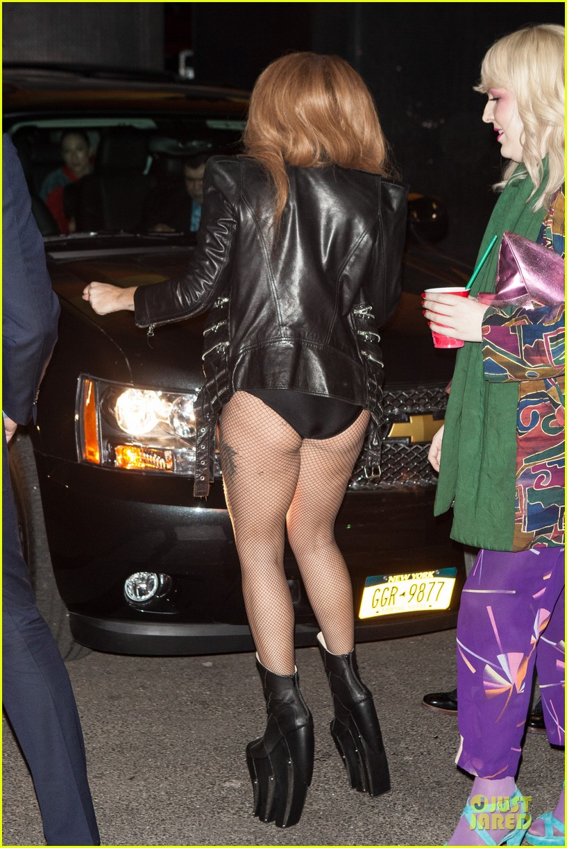 lady gaga revealing high waisted outfit 11