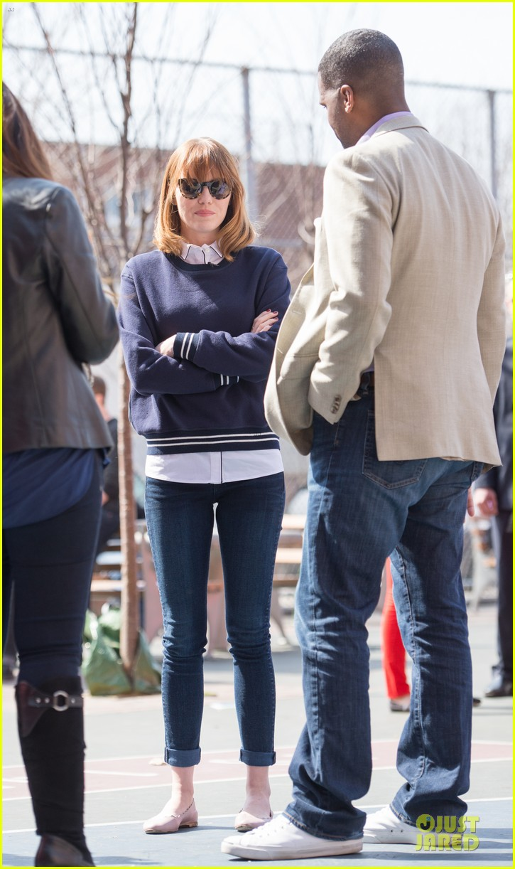 andrew garfield emma stone heart of gold at volunteer day 063099431
