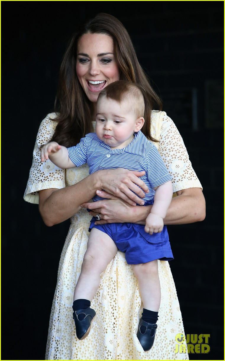 prince george goes to the zoo kate middleton prince william 093095510