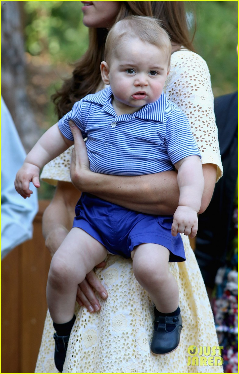 prince george goes to the zoo kate middleton prince william 233095524