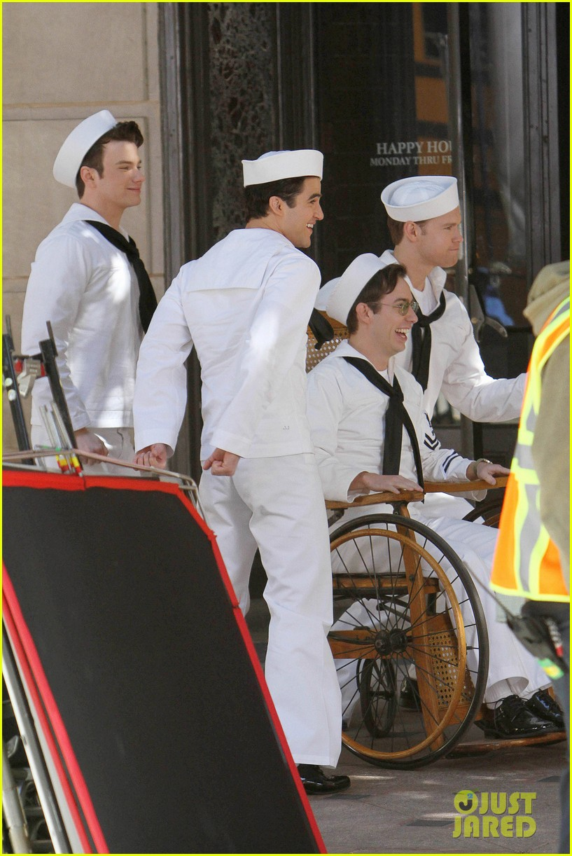 glee guys transform into super hot sailors check out their vintage fleet week looks 163083319
