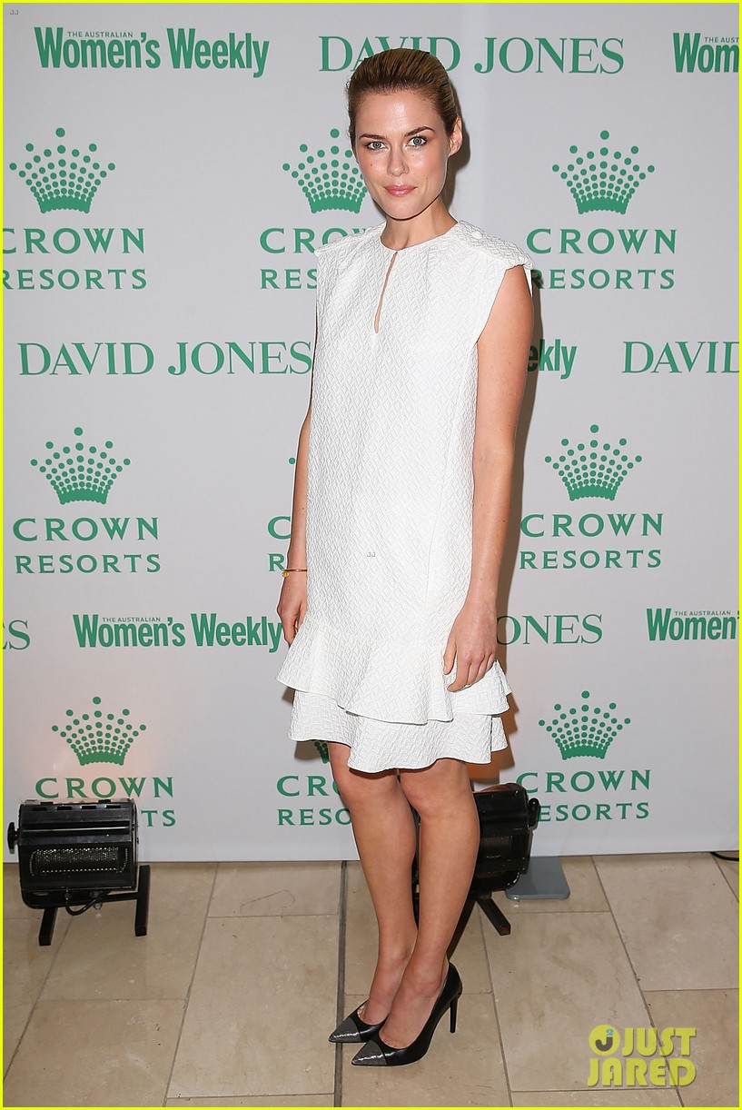 jessica gomes rachael taylor david jones crown resorts autumn racing ladies lunch 043084494