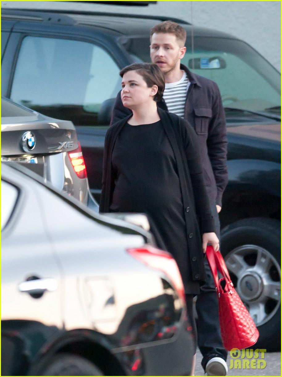ginnifer goodwin josh dallas hold her baby bump together 023097672