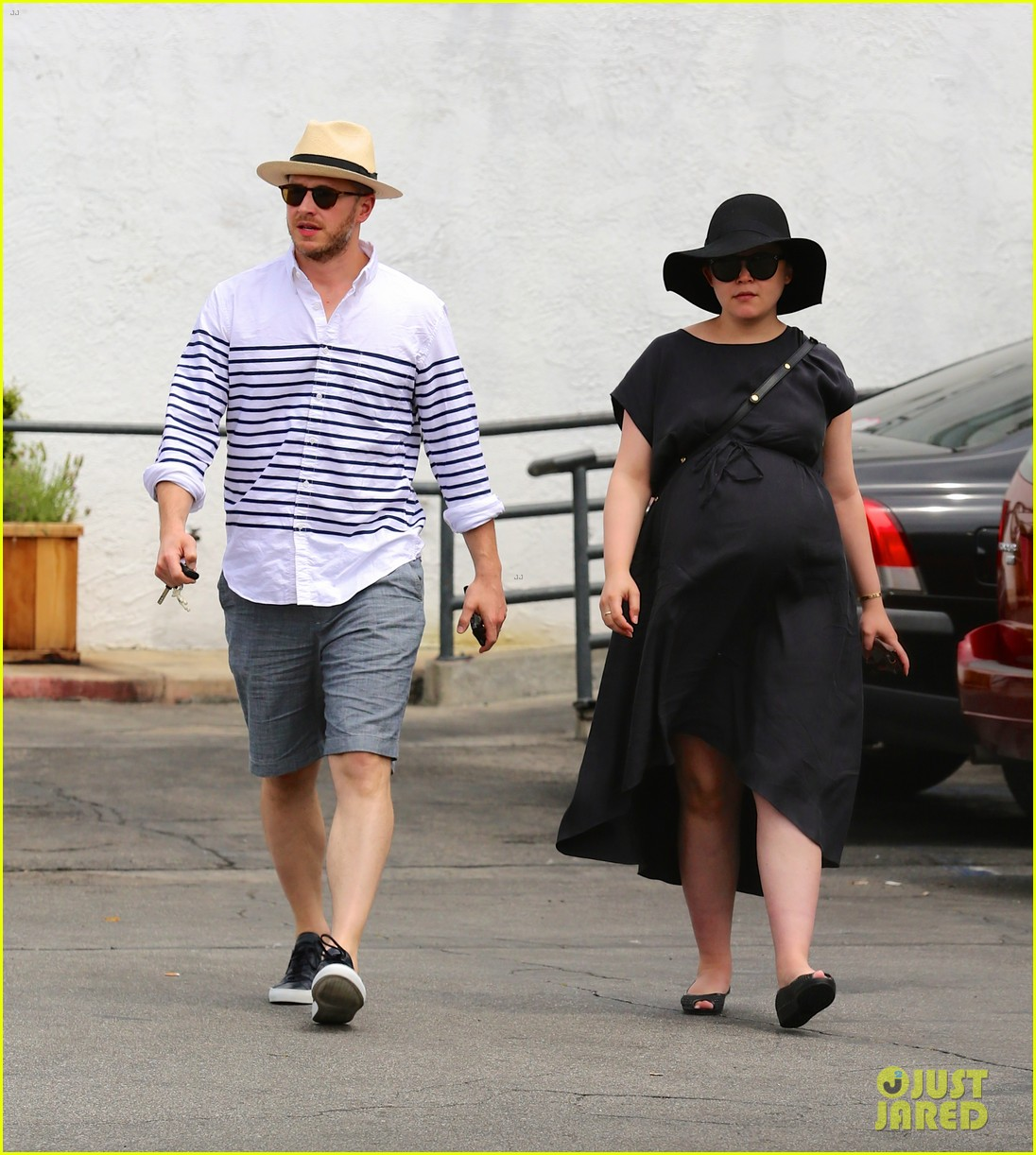 ginnifer goodwin opens up about her wedding pregnancy 013099974