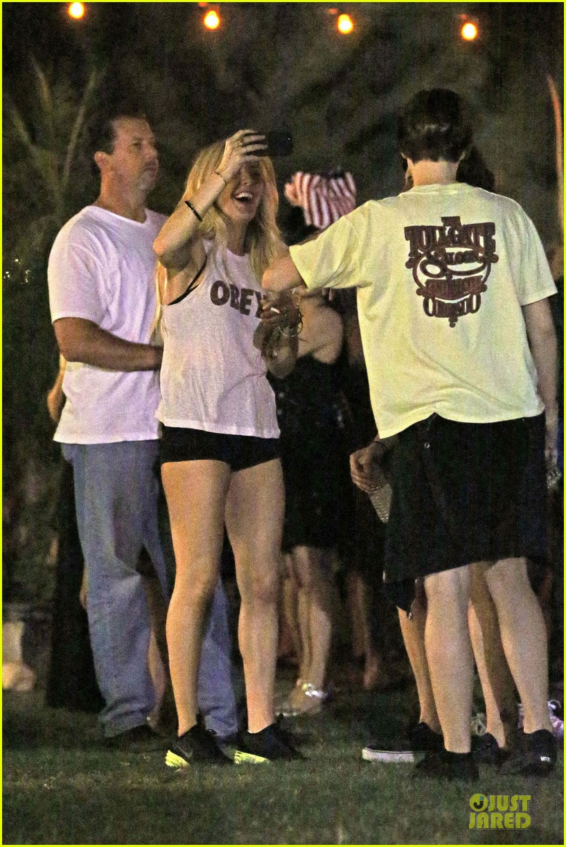 ellie goulding rita ora hang out at coachella 213089623