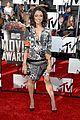 kat graham printed beauty at mtv movie awards 2014 red carpet 04