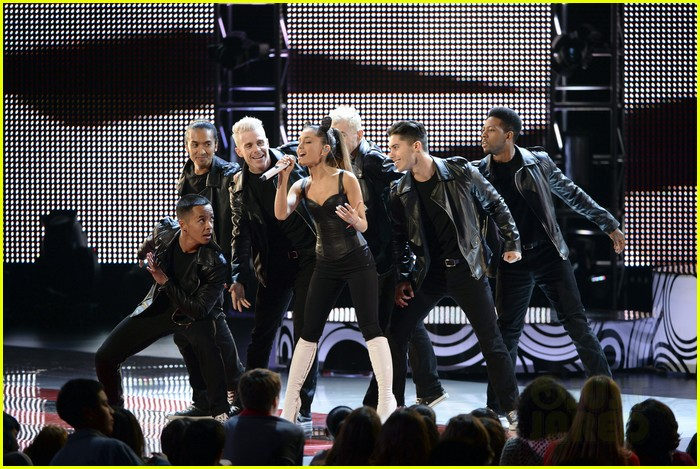 ariana grande radio disney music awards 2014 073100920