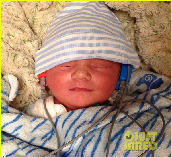 logan marshall green welcomes baby boy tennessee with wife diane 013091601