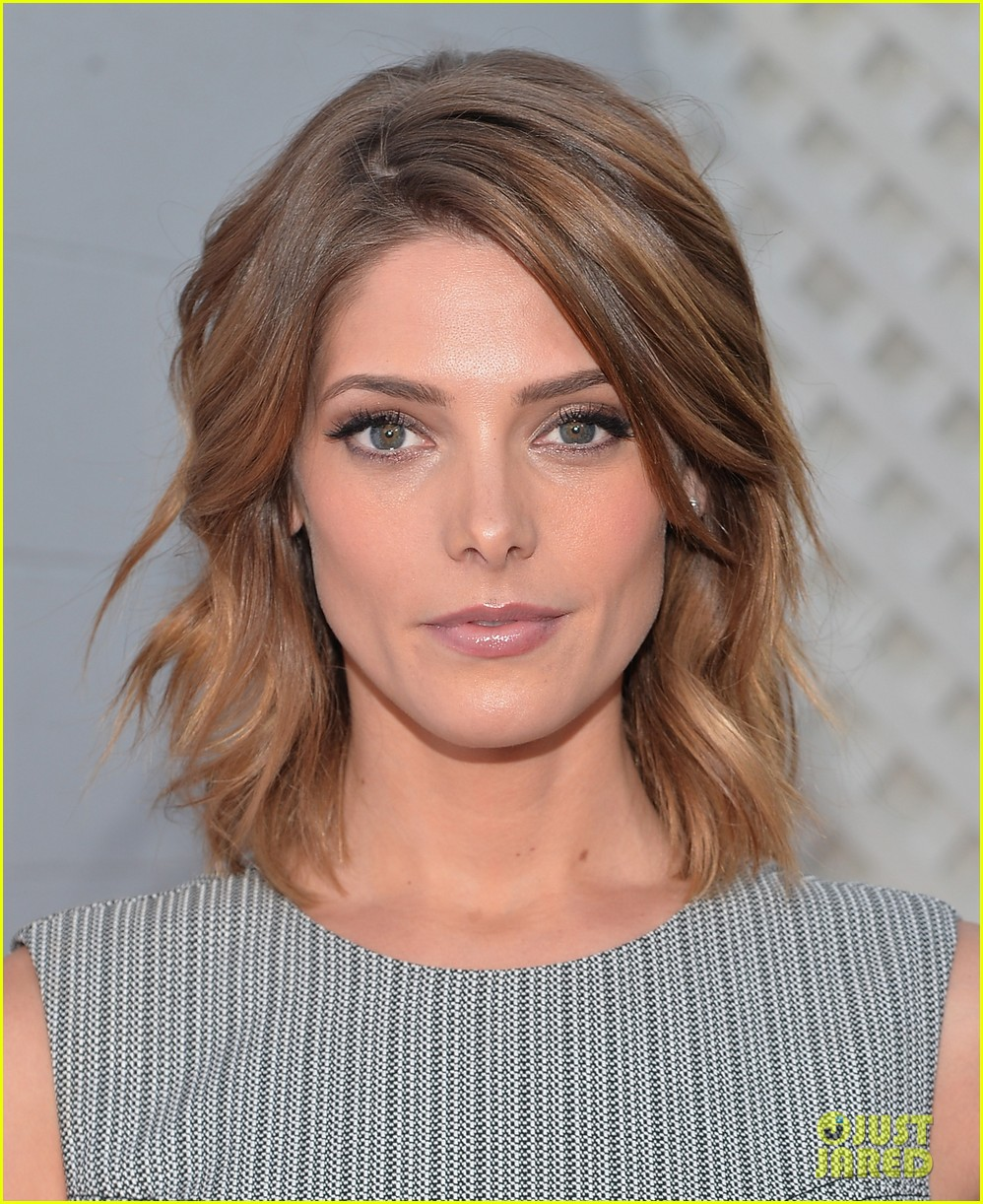 ashley greene wants to end homelessness for thousands of families 033099160