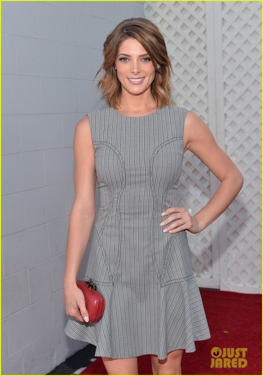 ashley greene wants to end homelessness for thousands of families 093099166