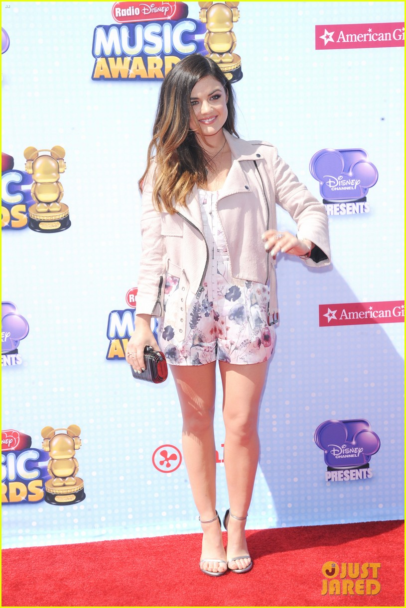 lucy hale radio disney music awards 2014 063099908