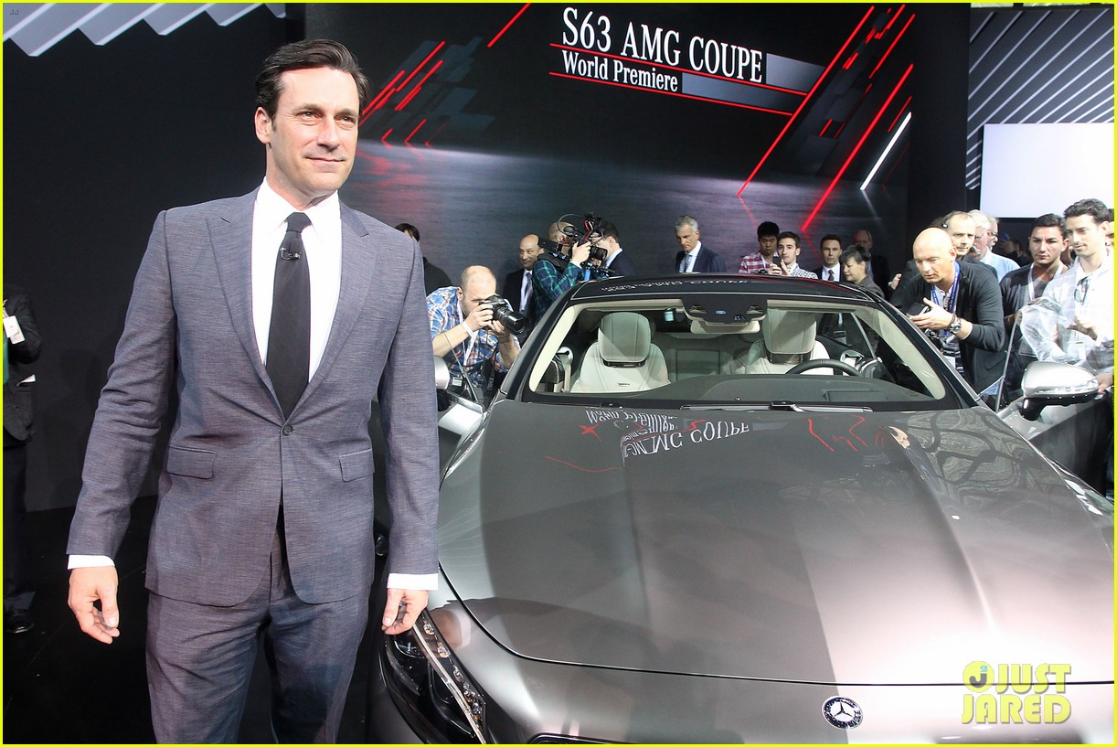 jon hamm debuts the mercedes benz s63 amg coupe 013093775