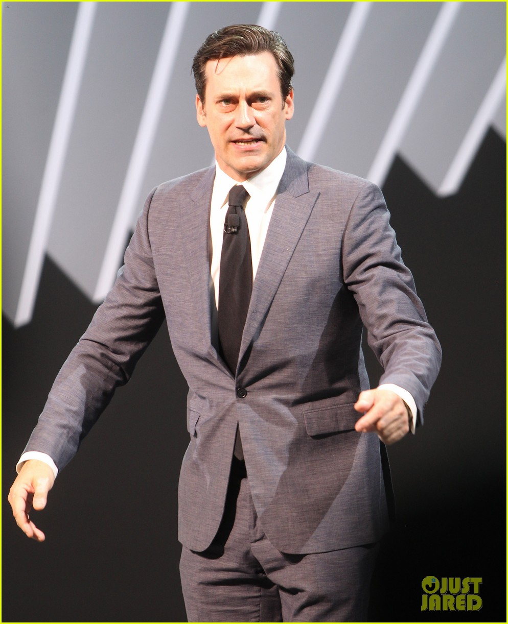 jon hamm debuts the mercedes benz s63 amg coupe 063093780