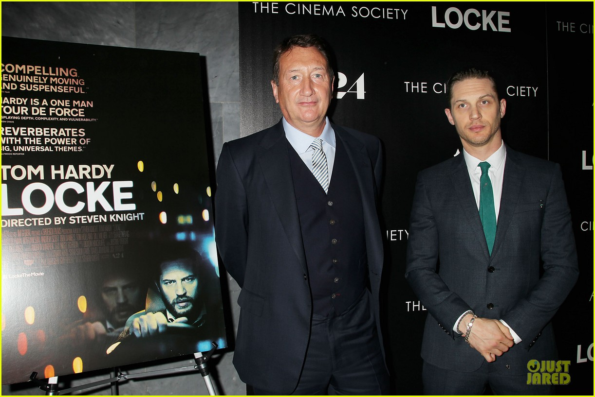 tom hardy sports green tie at locke premiere 06