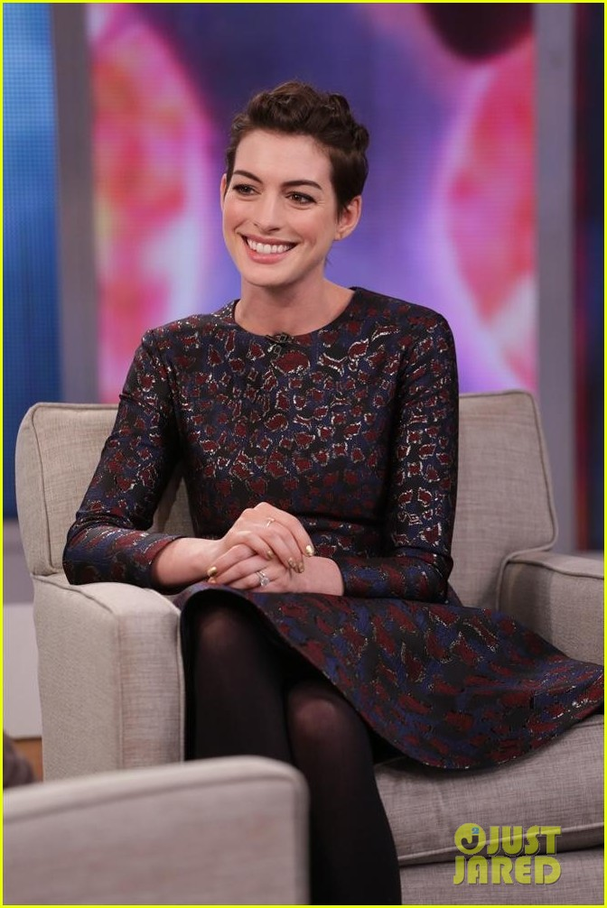 anne hathaway envies kate middleton 023086845