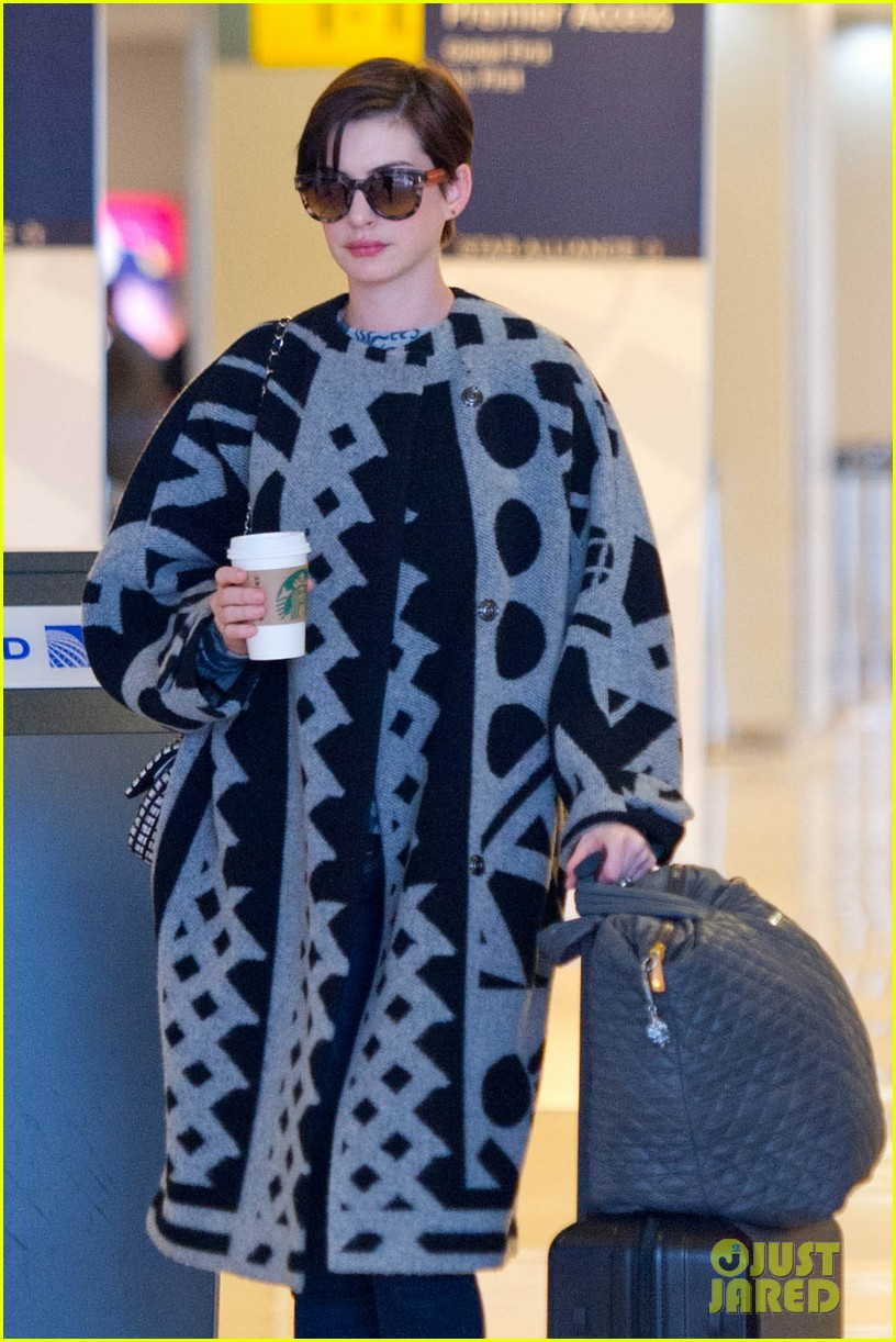 anne hathaway envies kate middleton 113086854