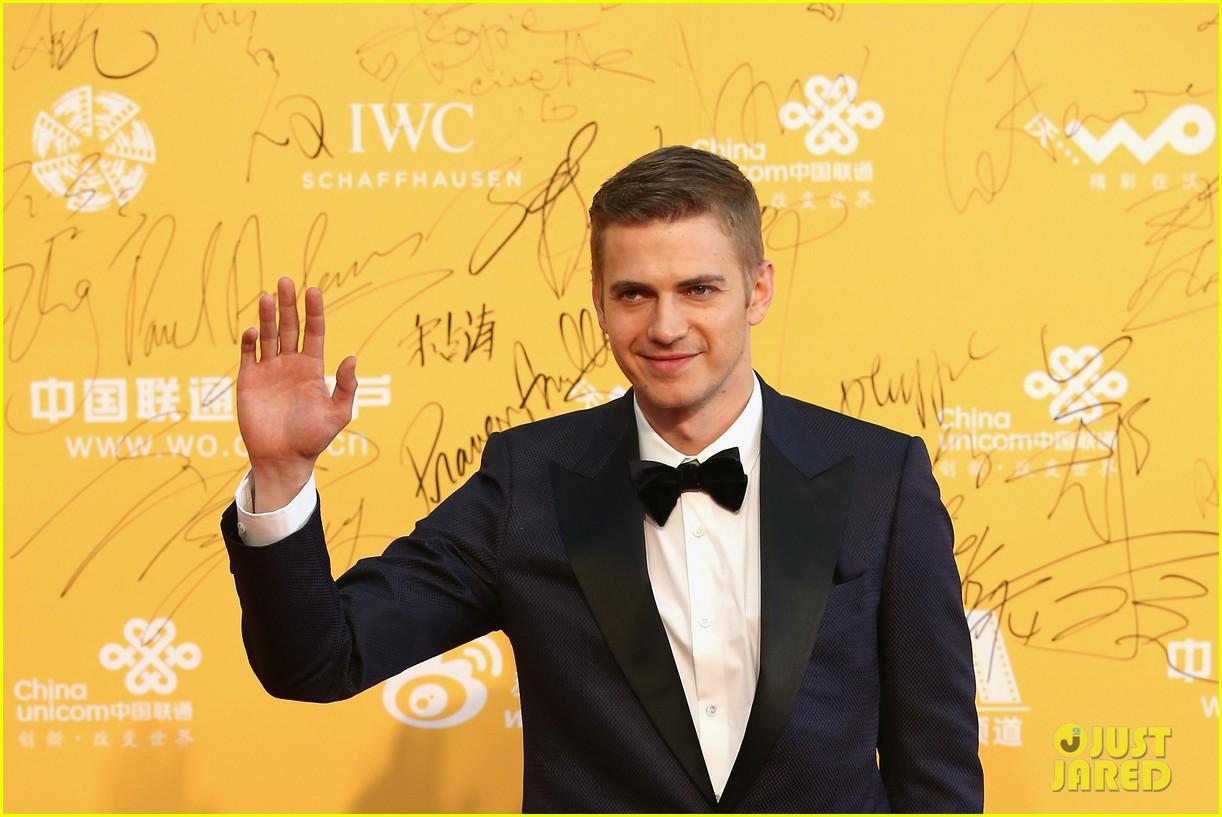 hayden christensen looks so handsome in tuxedo beijing film festival 053093751