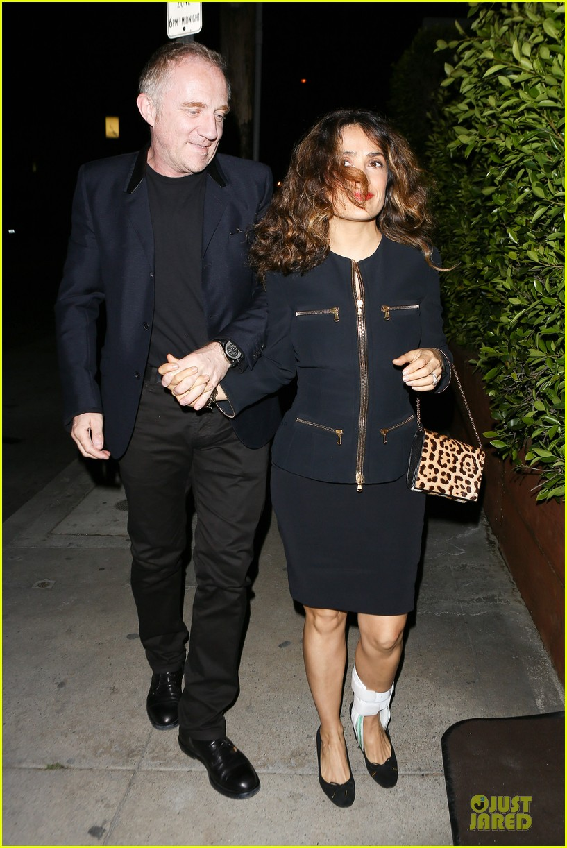 salma hayek can still look classy with ankle brace 253094745