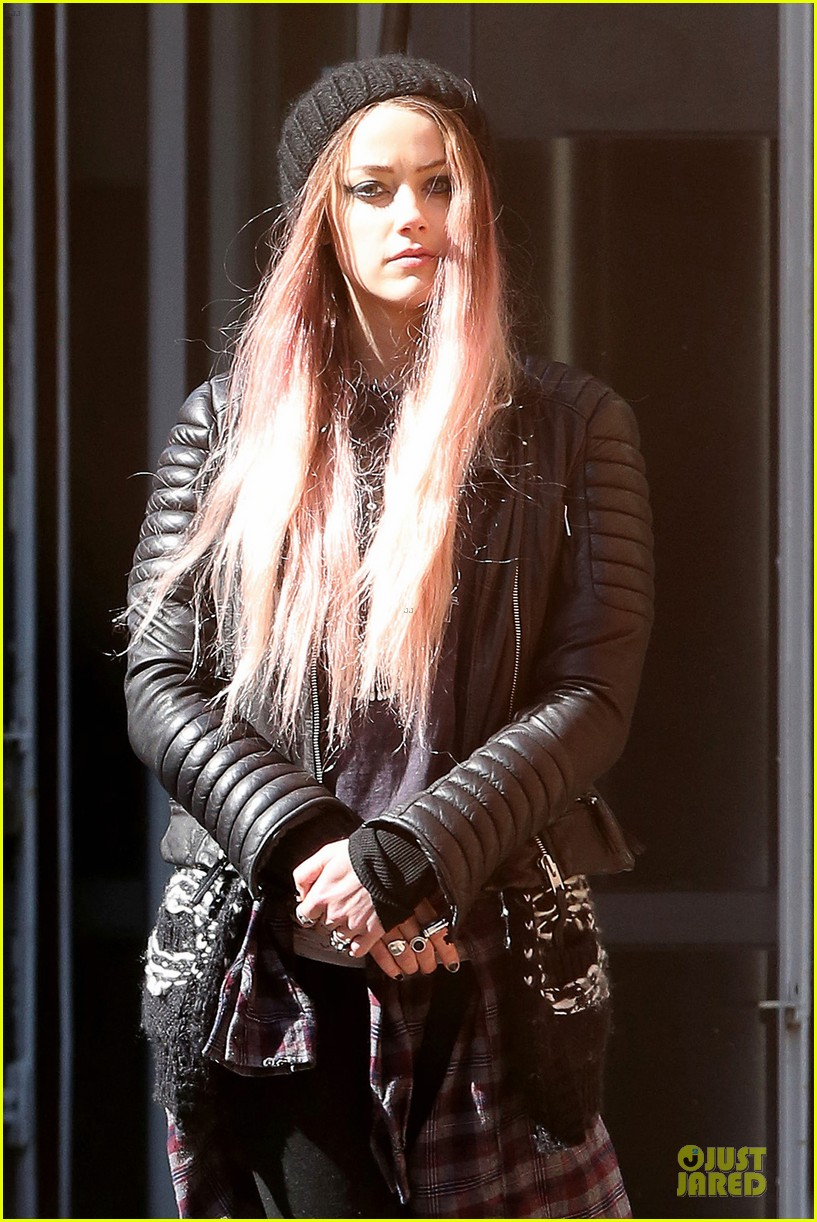 amber heard gothic persona moves us 083096961