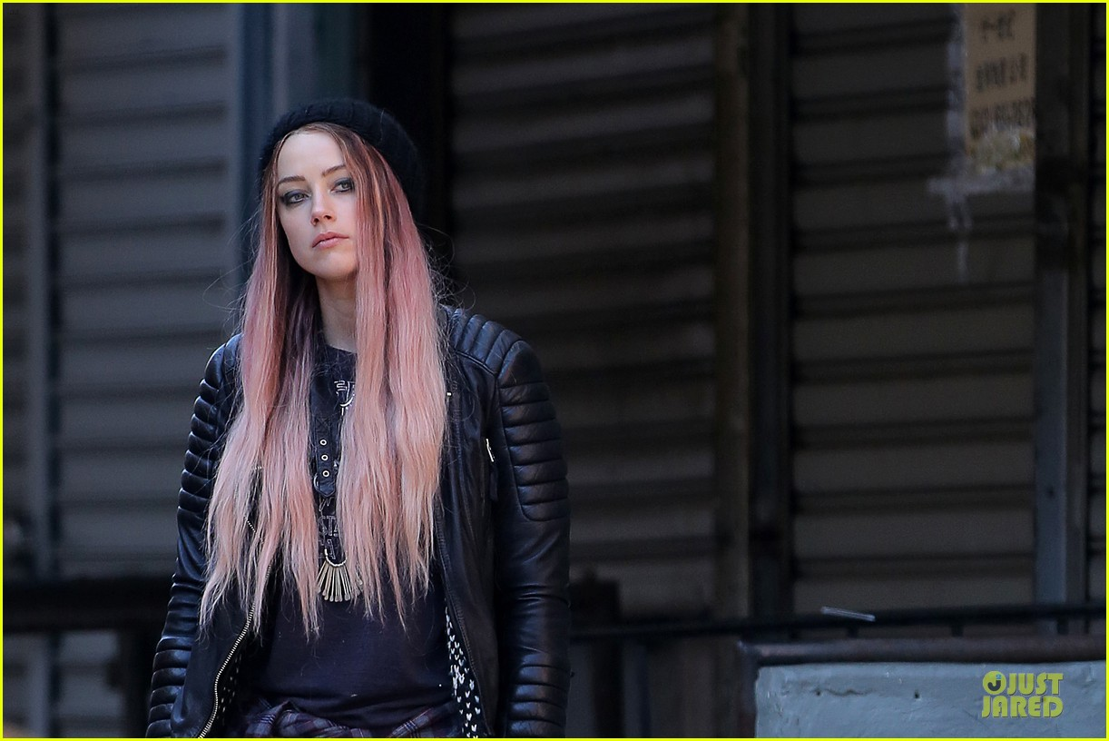 amber heard gothic persona moves us 093096962