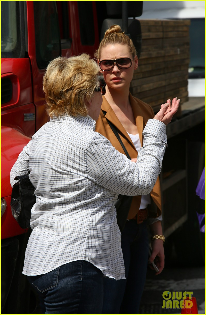 katherine heigl ventures off with mother after wrapping up state of affairs pilot 01