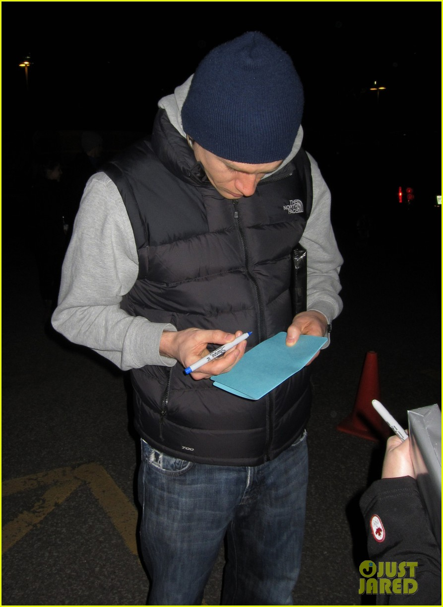 tom hiddleston happily accepts stuffed monkey gift 023099170