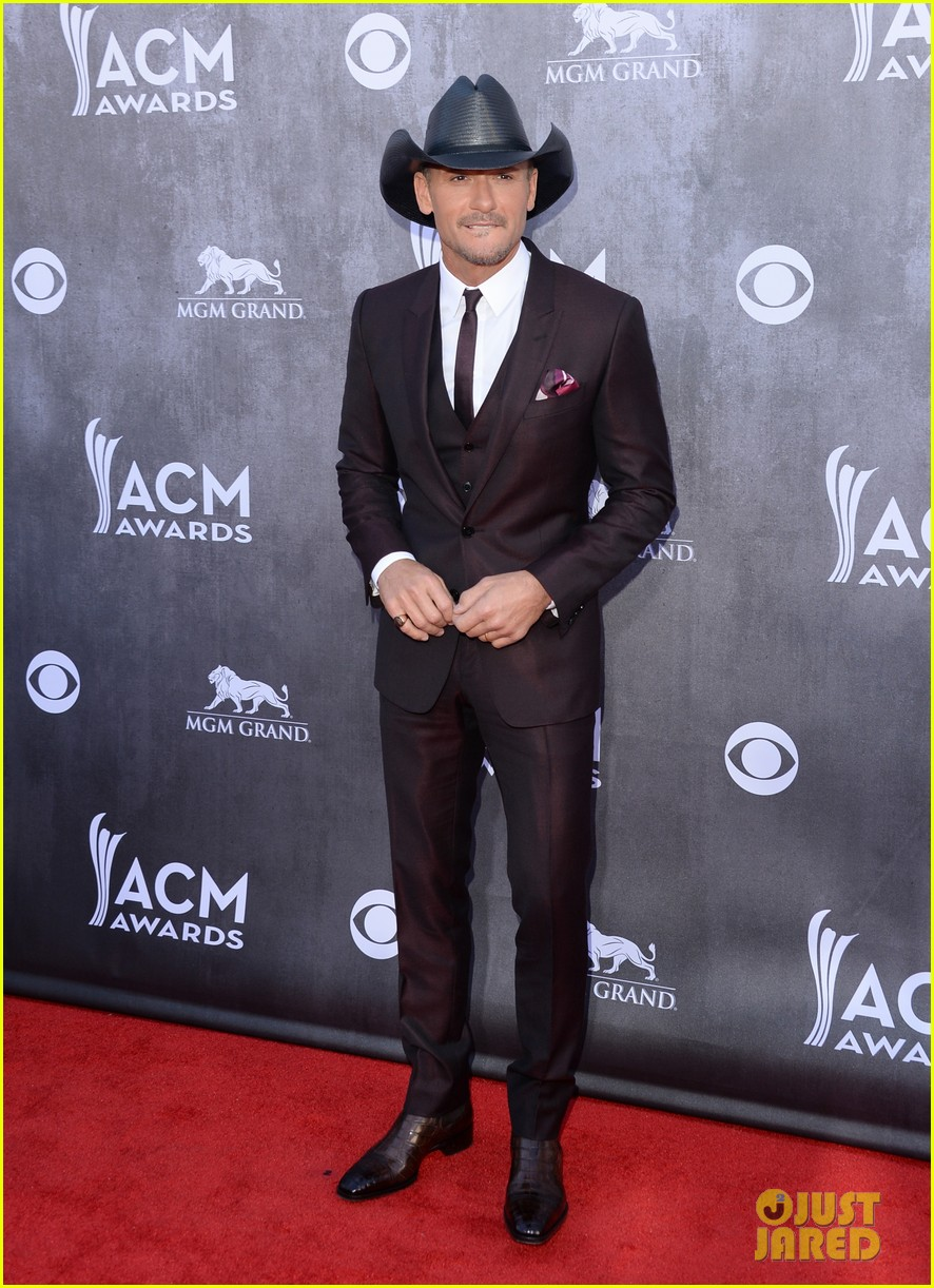 faith hill tim mcgraw picture perfect couple at acm awards 2014 043085836