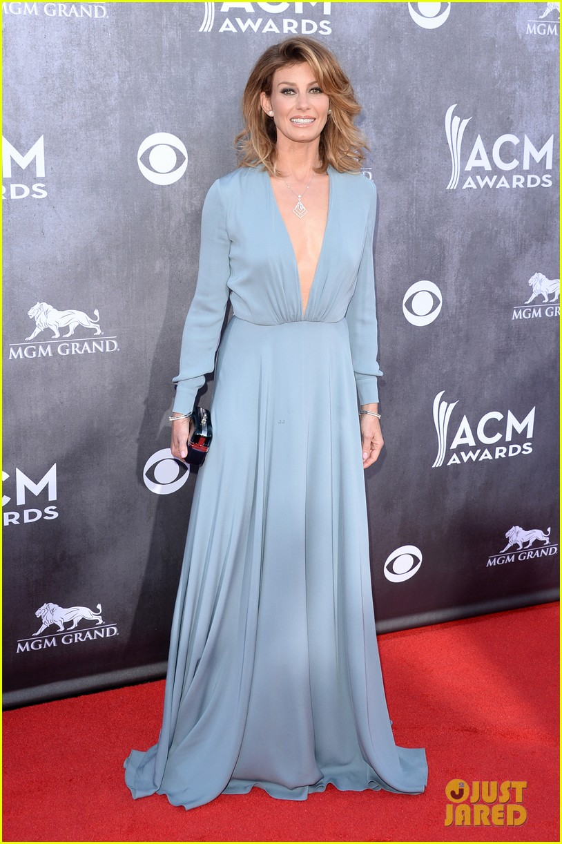 faith hill tim mcgraw picture perfect couple at acm awards 2014 063085838