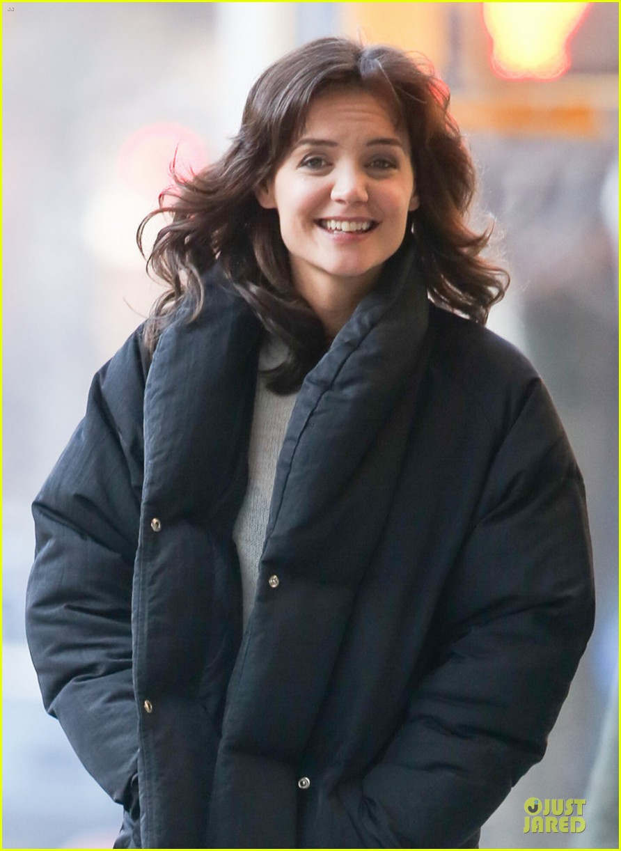katie holmes cant camouflage on dangerous liaisons 023083519