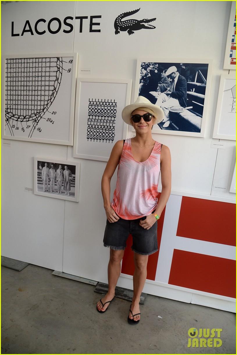julianne hough becomes daisy duke for coachella fun 073090117