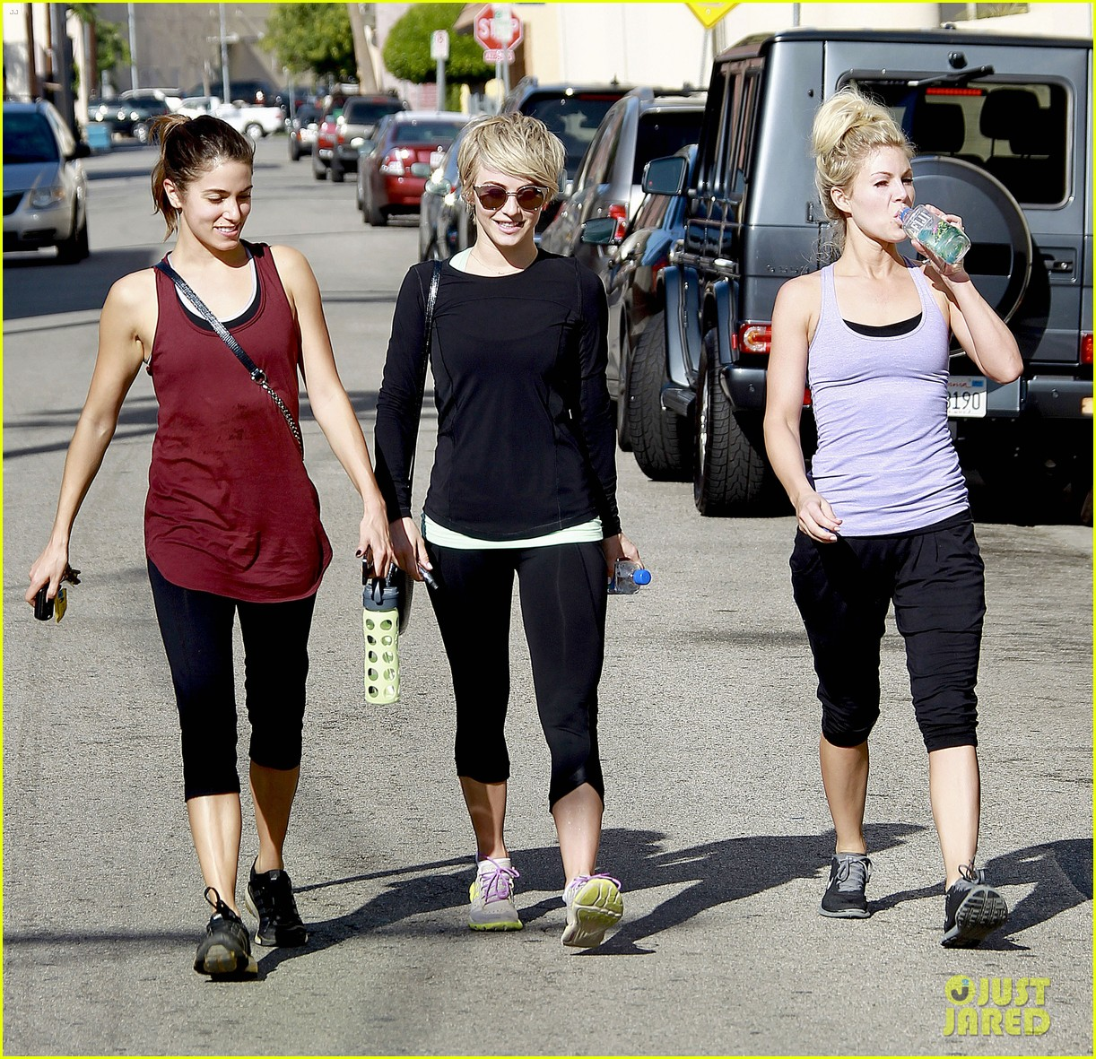 julianne hough nikki reed hiking with cara santana 113088173