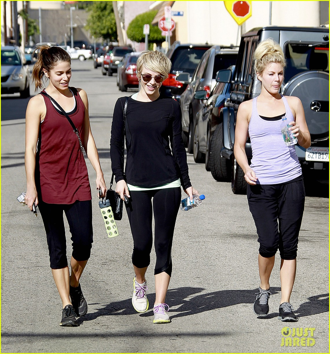 julianne hough nikki reed hiking with cara santana 123088174