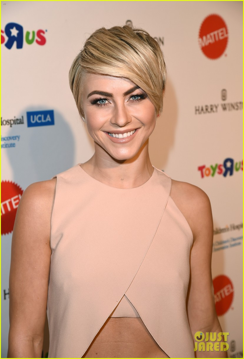 julianne hough nikki reed kaleidoscope ball 123088841