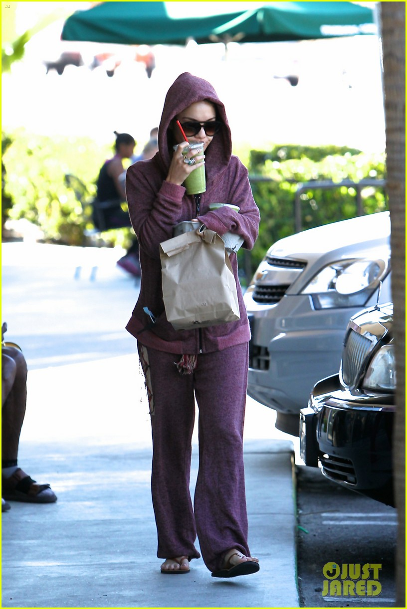 vanessa hudgens head to to purple at gym 14