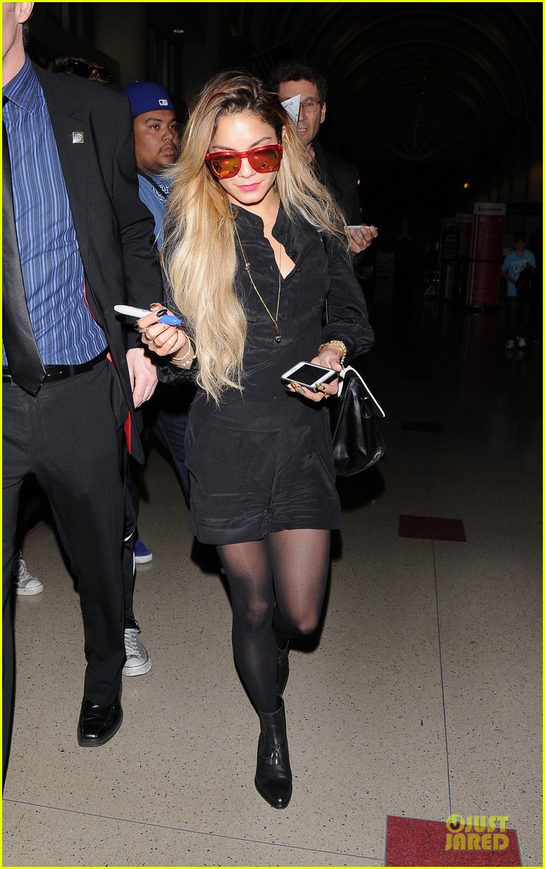 vanessa hudgens sunglasses red at lax airport 013099542